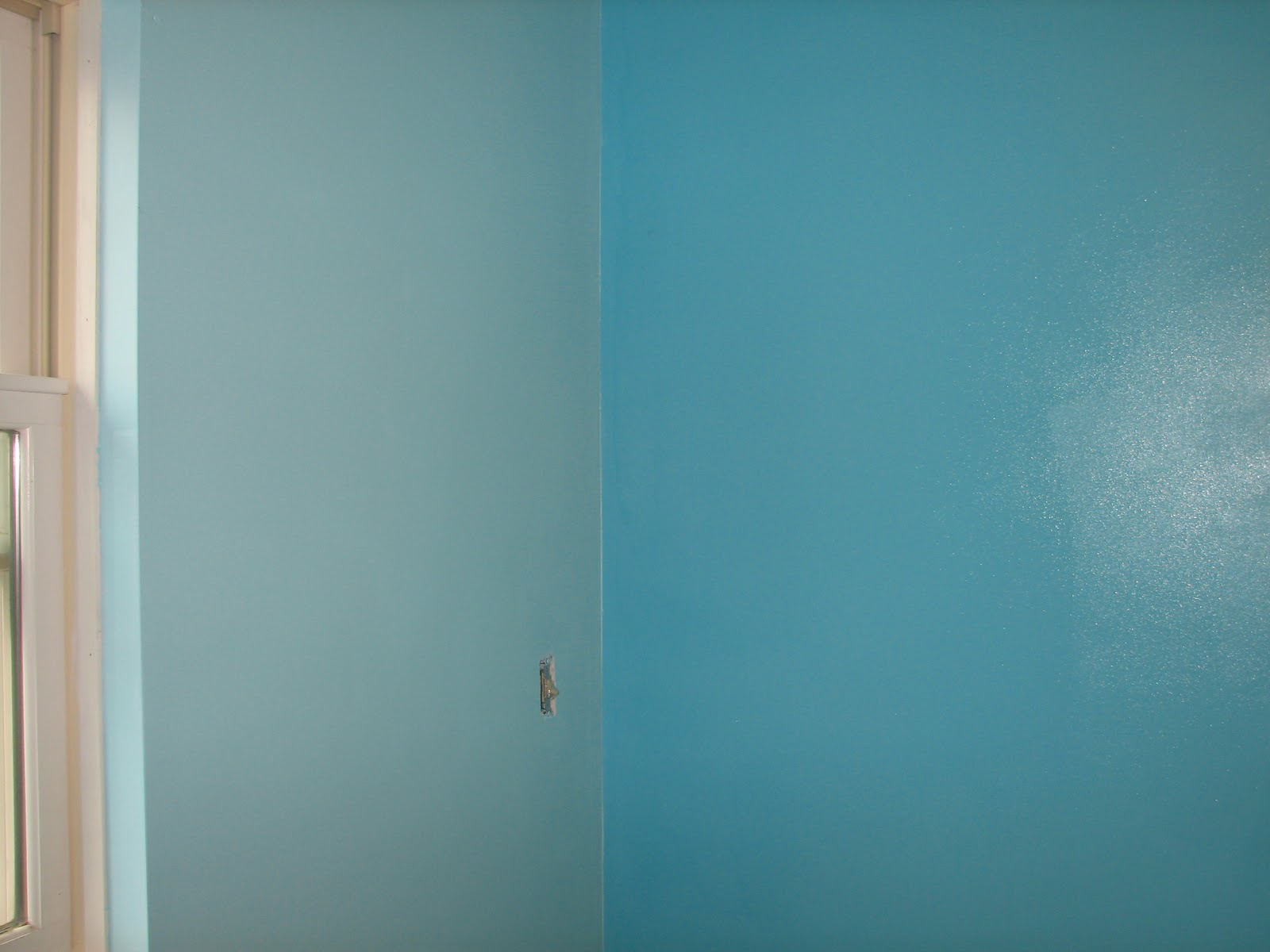 The fyg s new diy bedroom wall border the common room for Painting a room two colors opposite walls