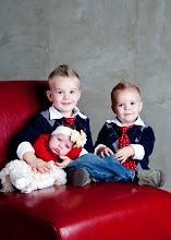Brady,Easten,Ella