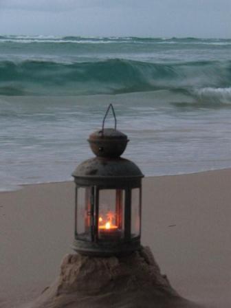 [beach+lantoon]