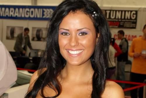 http://4.bp.blogspot.com/_emOB4TQJW_I/TTgko2_k9oI/AAAAAAAAA-8/OD7TV8F4B6U/s1600/Daniela+Crudu+7.jpg