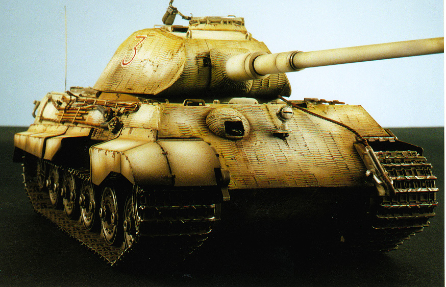 SCALE MILITARY MODELS:...