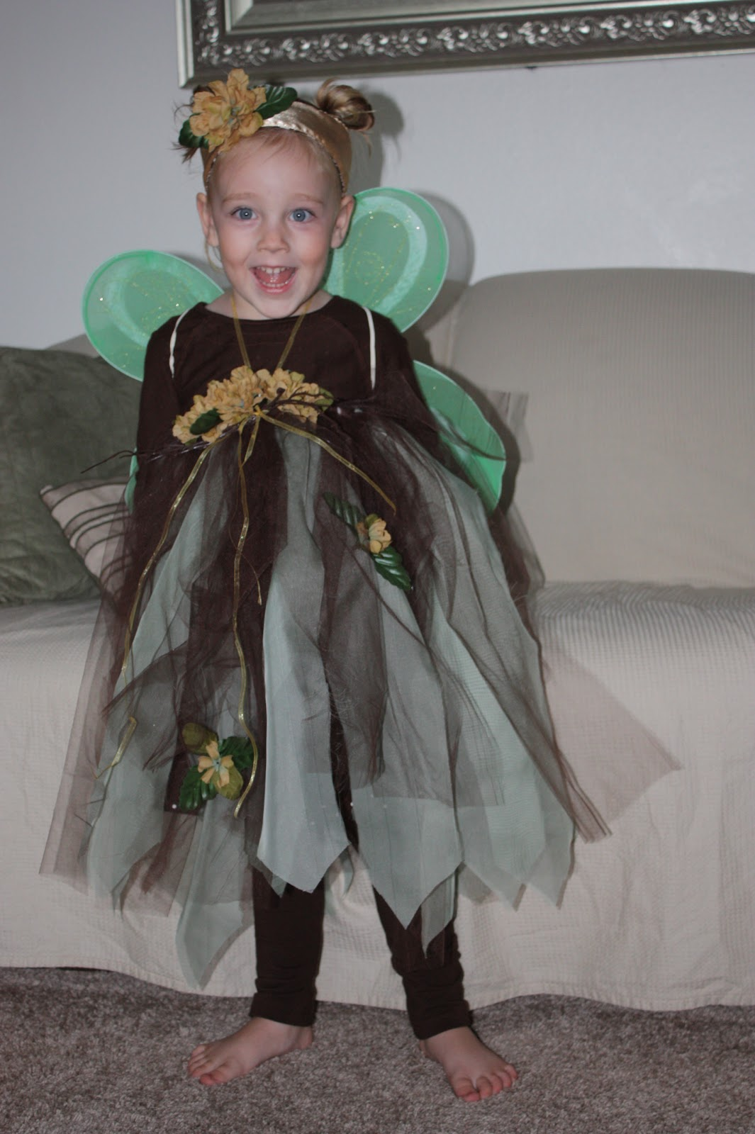 ... both of my girls were forest fairies and not only did they look sweet and precious as all little girls should look but also the costumes were super ...  sc 1 st  Everyday Art & Everyday Art: Forest Fairy Halloween Costume