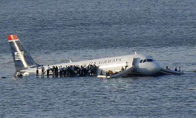 Plane Down in Hudson River,Plane Floating in the River,US Airways,jet,rigid waters,Hudson River,Manhattan,New York Times reports,Flight 1549,MSNBC,Airbus A380,LaGuardia airport for Charlotte, NC,New York ,volunteer and working rescuers,US Airways Flight 1549,New Jersey