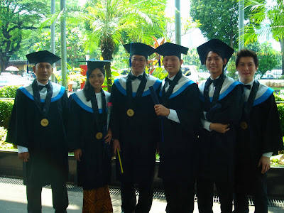 Graduation with my friend2