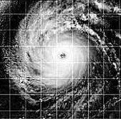 Movimento giratório dos furacões.Furacão Dora sobre o Pacífico Sul, em 1999