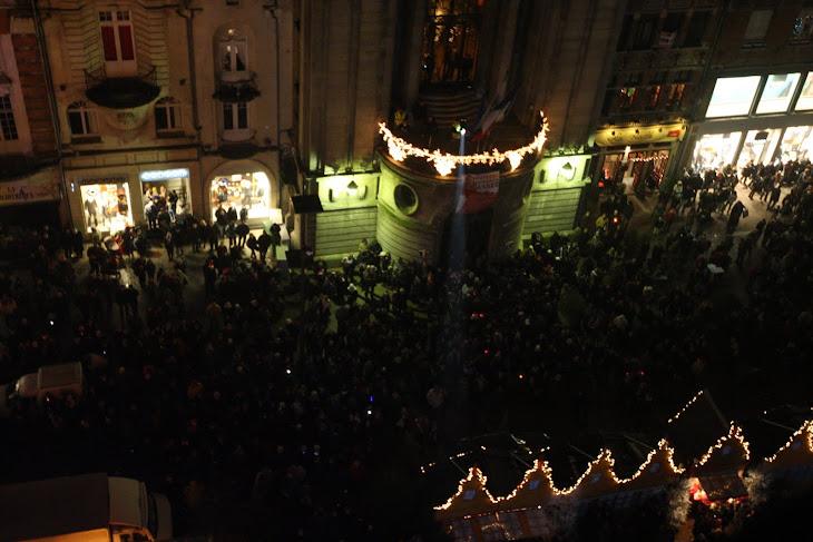 Un public réuni sur la Grand Place pour un moment unique !