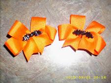 Batty Halloween Bows