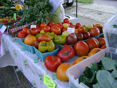 Heirloom tomatoes at the Farmer's Market!