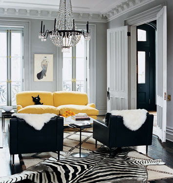 This unique combination of black and white on the interior design of living room