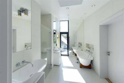 Hillside Modern House Bathroom Design Interior