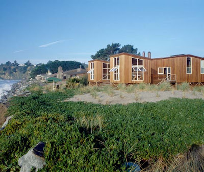 Beach House in Wood - house design, Beach house, california style, modern house design, interior design