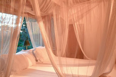 Decorating-a-master-bedroom | ArhDeco – Architecture and Interior