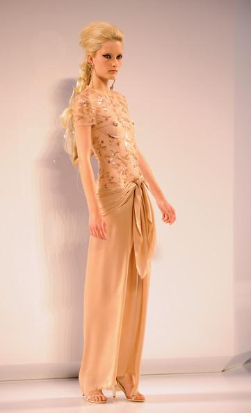 [Chanel+Paris+Fashion+Week+Haute+Couture+W+uGjjavM0n8jl.jpg]