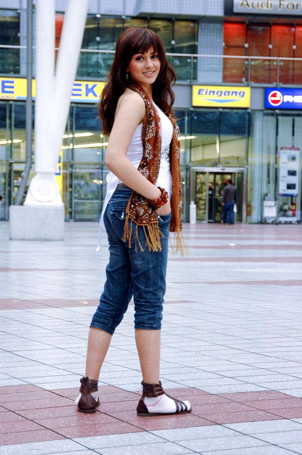 hansika motwani hot. actress Hansika motwani in