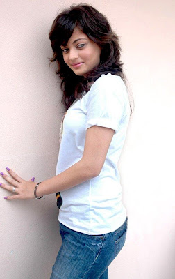 Actress Sneha in Blue Jeans