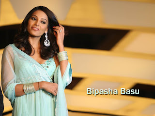 "The image ""http://4.bp.blogspot.com/_etc1OARoaC4/SryAfkADwrI/AAAAAAAAFpU/x2bDD0zzRPw/s400/Bipasha-Basu-transparent-dress.jpg"" cannot be displayed, because it contains errors."