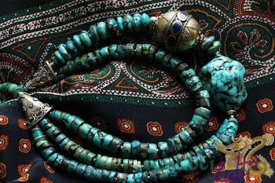 etniczny naszyjnik z turkusów