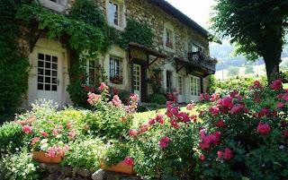Sweet sweet home un grazioso cottage tutto francese for Planimetrie di cottage francesi