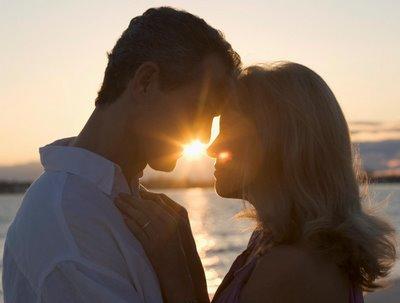 Seus olhos s�o as sementes que faz o nosso amor renascer