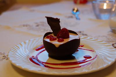 pistasjemousse med hvit sjokolade