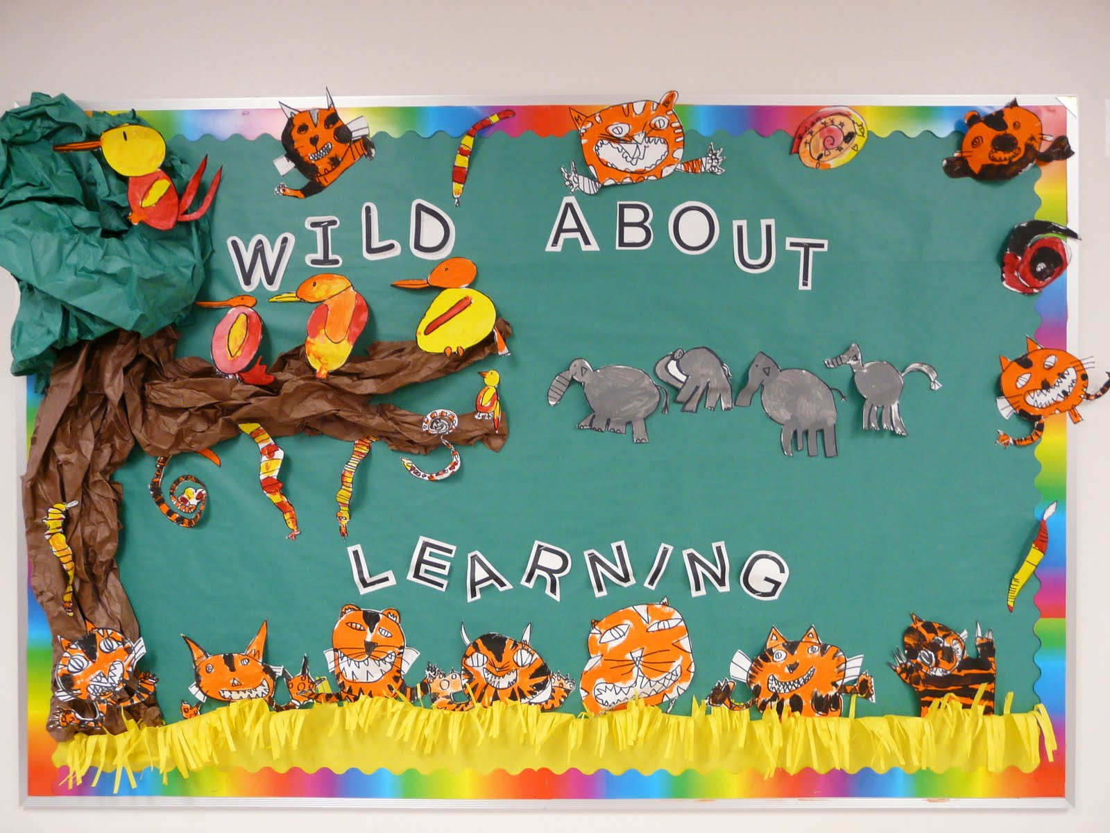 Bulletin board ideas october 2010 for Back to school board decoration