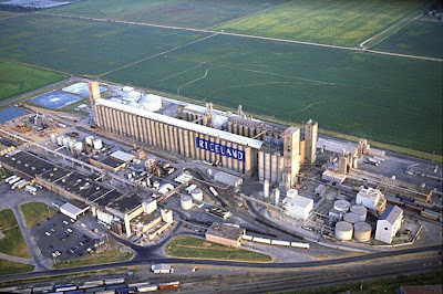 Riceland Foods Rice And Soybean Storage Processing Facility Near Stuttgart Arkansas County Founded In 1921 Is A 10 000 Member Agricultural