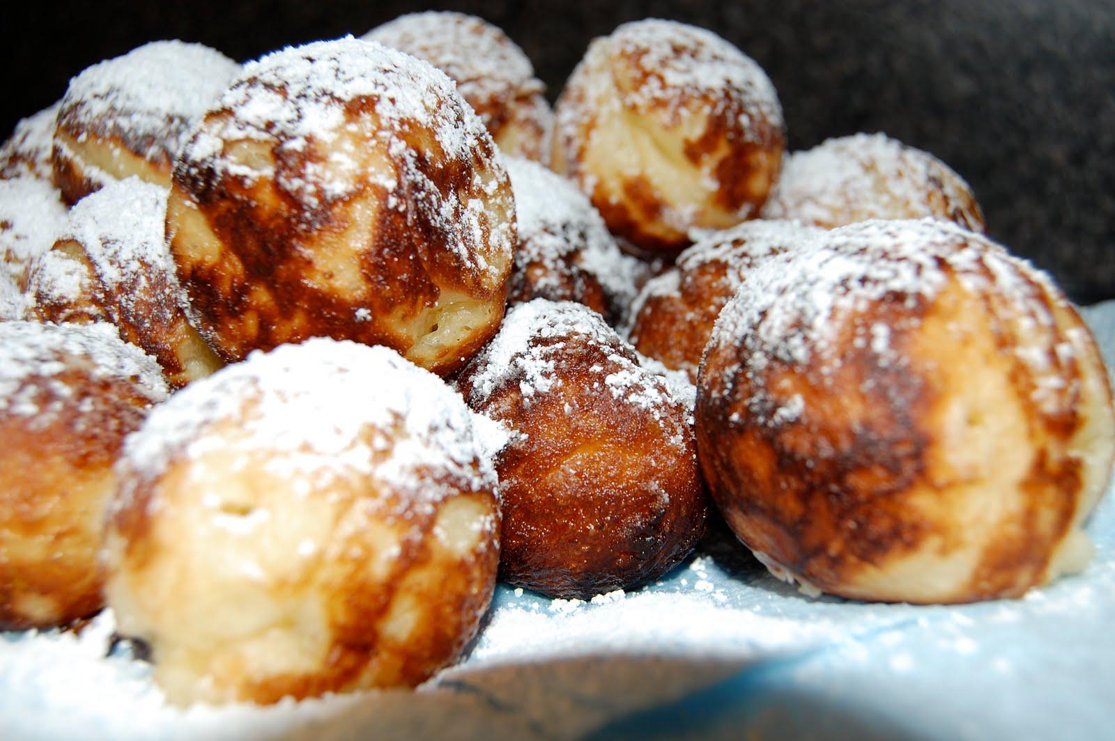 Catherina's Creative Corner: Æbleskiver= Happy Tummies
