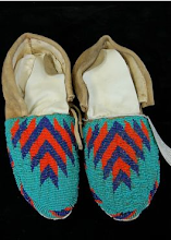 PLAINS INDIAN SIOUX FULLY BEADED MOCCASINS
