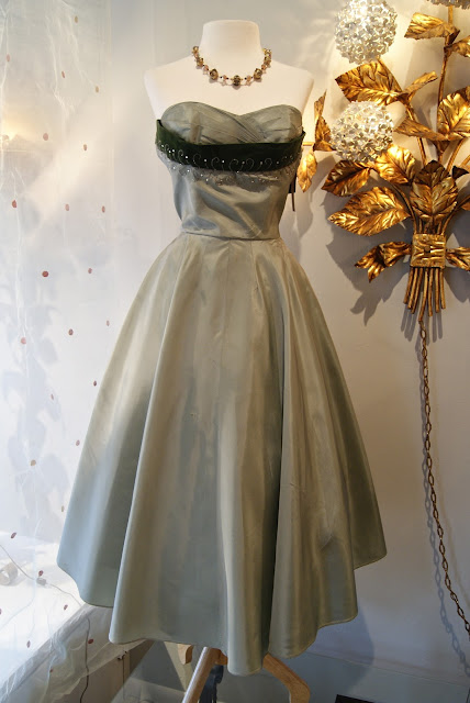 THE Betty Draper dress, rose print chiffon quintessential early 60's ...