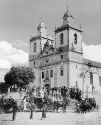 Igrejas e capelas