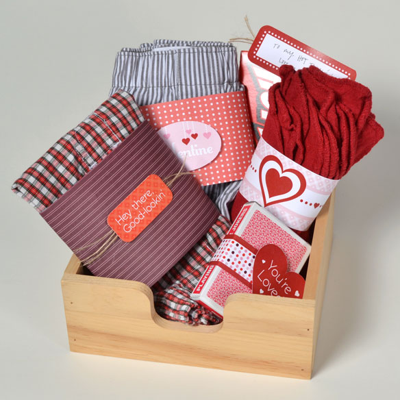 How to make a valentine gift basket for him