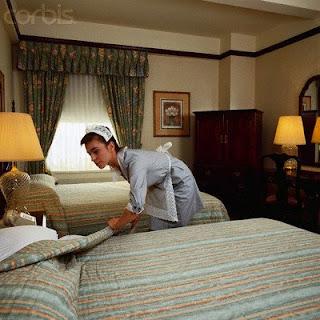 http://4.bp.blogspot.com/_f-k0I0WNYzU/SMAaLOipQ_I/AAAAAAAAA8I/iJmfZN-IGks/s320/HotelMaid.jpg