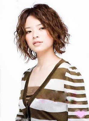 Best Short Japanese Hairstyles for Asian Girls03
