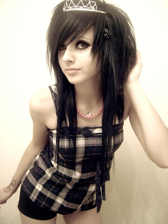 Prom and Wedding Dresses: Cute Emo Girl Hairstyles