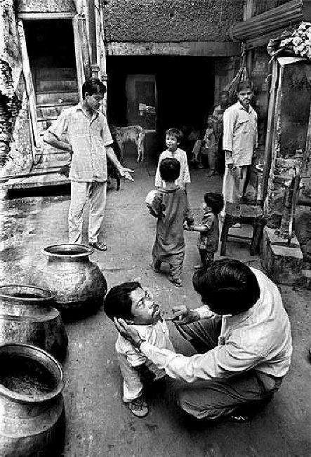 Smallest Man, World's Smallest Man, Chota Aadmi, chota insaan, dunya ka chota aadmi, small human, small man, little man,shortest man, short man