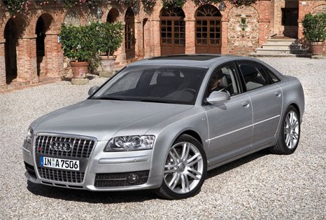 Audi, Audi A8, Audi s8
