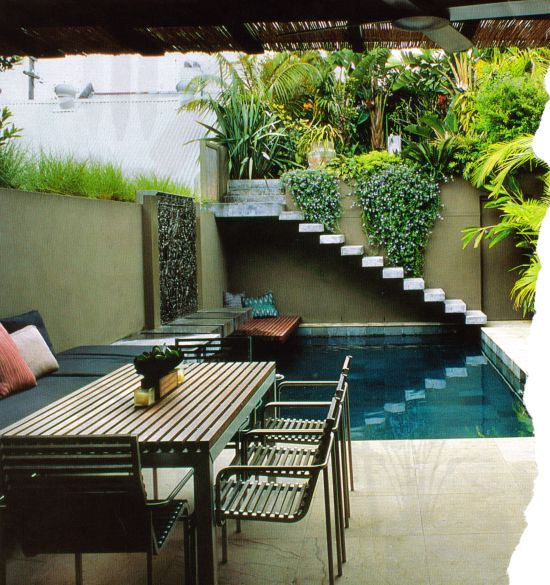 Colores para decorar areas de descanso para piscinas for Piscinas domesticas