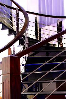 scara interioara model ca interioarele vaselor de croaziera din lemn masiv