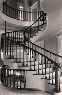 scara interioara moderna stil vechi