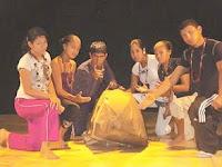 Jovenes integrantes del grupo teatral