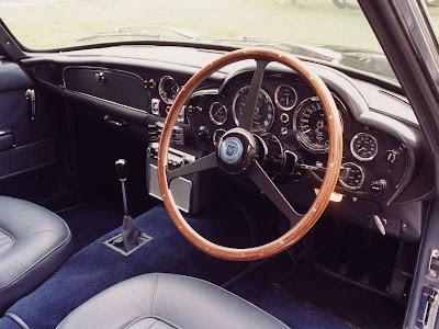 1966 Aston Martin Db6 Volante. Aston Martin DB6 Volante (