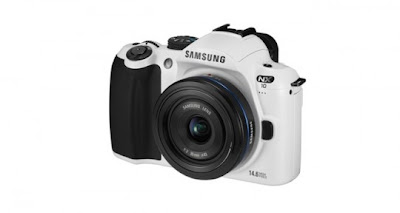 Samsung NX10 Limited Edition in Black and White Announced