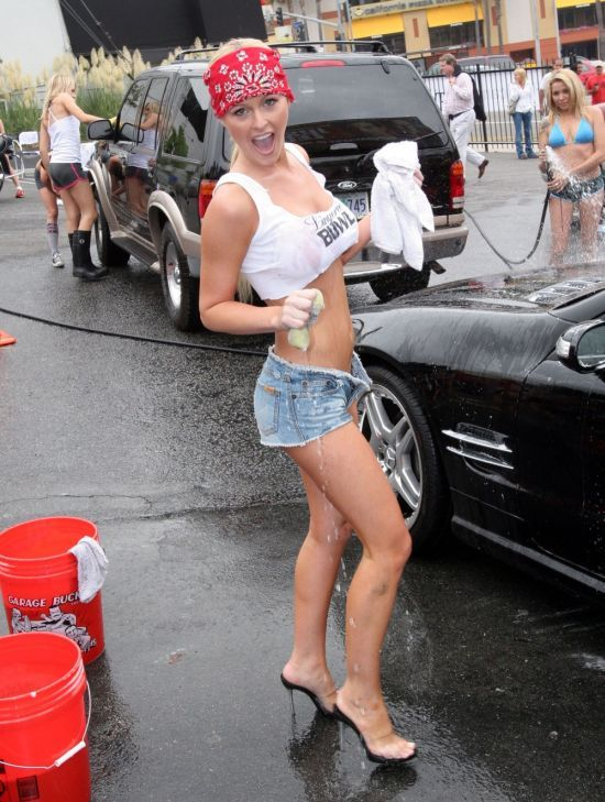 Cars And Girls Photos. girls on cars,