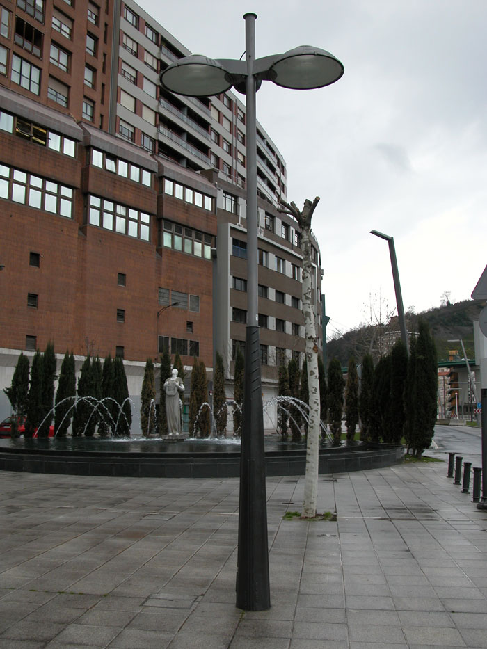 Fotos de arquitectura mobiliario urbano 1 for Mobiliario urbano caracteristicas