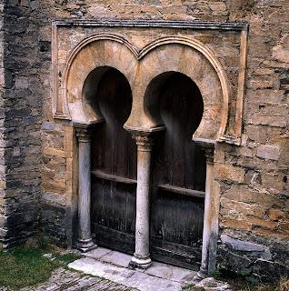 El patrimonio de castilla y le n mayo 2010 for Arquitectura mozarabe