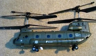 Syma S022 Big Chinook Helicopter Images