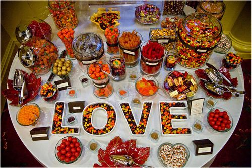 Picking the candy that 39s right for your wedding wedding candy bags