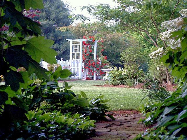 Pretty Kitchen Garden LAVENDER BLUE GARDEN DESIGN