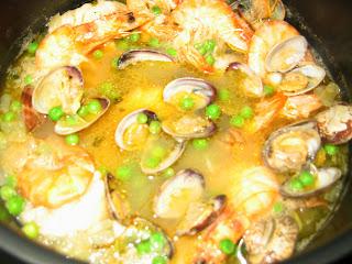 Mis recetitas caseras y algo mas merluza a la vasca for Cocinar merluza a la vasca