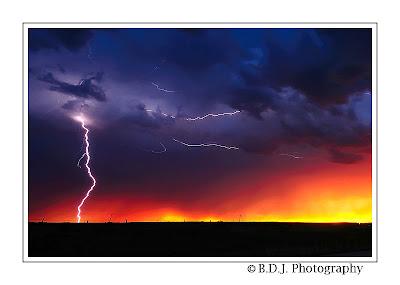 Evening lightning from 6/6/09 storm Benjamin, TX